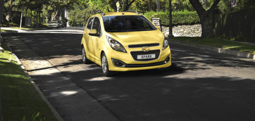 immagine automobile chevrolet spark