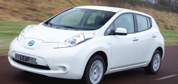 immagine automobile nissan leaf