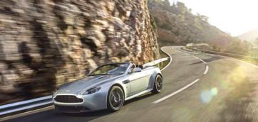 immagine automobile aston-martin v8-cabrio
