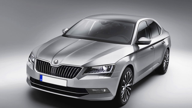 immagine automobile skoda superb-berlina
