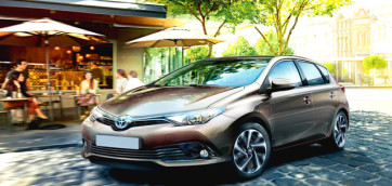 immagine automobile toyota auris-berlina